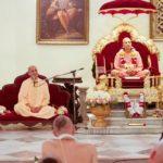 Радханатха Свами. Биография