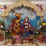 Лекция Вальмики Прабху на воскресной программе в Храме Шри Шри Радха Говинды